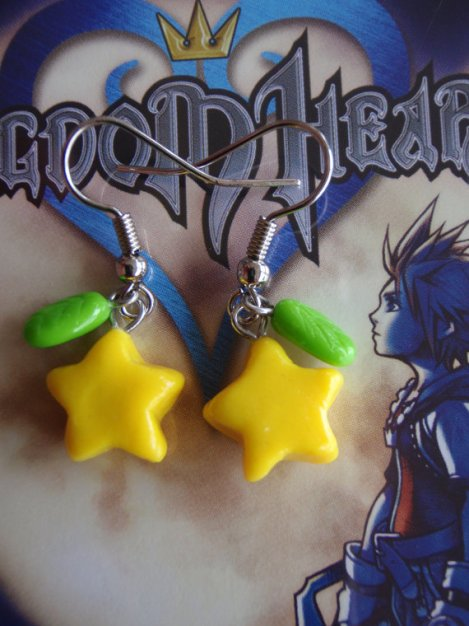 Kingdom Hearts' Paopu Fruit Earrings by FragSandwich